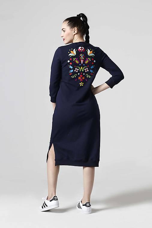 9306ce9452be Teplákové šaty modré s výšivkou   ZuzanaZachar - SAShE.sk - Handmade ...