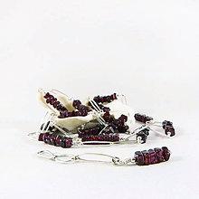 Náhrdelníky - Stříbrný náhrdelník s granátem Mora (x v 1) - 10623834_