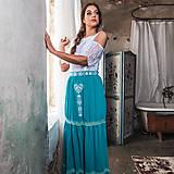 Šaty - Spoločenské šaty s FOLK výšivkou v gypsy štýle - 10625083_