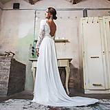 Šaty - Svadobné šaty z hrubej krajky v boho štýle s dlhým rukávom a holým chrbátom - 10625248_