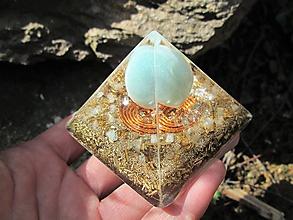 Dekorácie - Org. pyramida ,, Snového světa