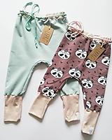 Detské oblečenie - Rastúce tepláky - 10628843_