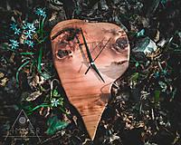 Hodiny - Zub času - Topoľové drevené hodiny - 10628788_