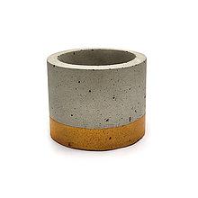 Nádoby - Golden - 'zlaty' betonovy kvetinac - 10627105_