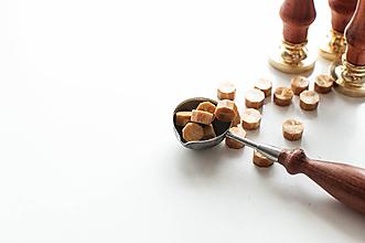 Suroviny - Pečatný vosk - granulát (Zlatá) - 10628731_
