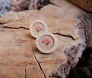 Náušnice - Napichovacie náušnice drevené s kvietkami, chirurgická oceľ - 10627228_