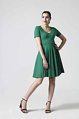Šaty - Zelené šaty s kruhovou sukňou - 10629312_