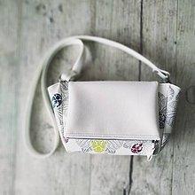 Kabelky - Kabelka CUTE bag - biela so šedou potlačou na tele - 10631657_