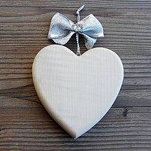 Dekorácie - Tradičné Drevené Srdce - 10629051_