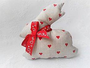 Dekorácie - Bunny in love (beige/red hearts) - 10632817_