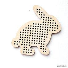 Polotovary - drevený výrez/podklad na vyšívanie zajac - 10634161_