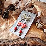 Náušnice - Smotanové sklenené náušnice s ornamentami, srdcia, lístky, červená, brondz - 10633634_