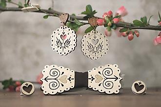 Sady šperkov - Motýlik Čičmanec + manžetové gombíky + náušnice (Hnedý + manžety hnedé) - 10633159_