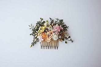 Ozdoby do vlasov - Béžový kvetinový hrebienok - 10632389_