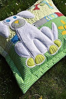 Úžitkový textil - Vankúš - psík a kostičky - 10635642_