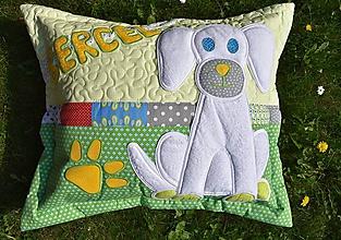 Úžitkový textil - Vankúš - psík a meno - 10635714_