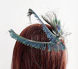 Ozdoby do vlasov - Fascinátor z pávích pierok - 10634993_