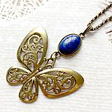 Náhrdelníky - Bronze Butterfly Lapis Lazuli Necklace / Náhrdelník s motýľom a lazuritom /2084 - 10636591_