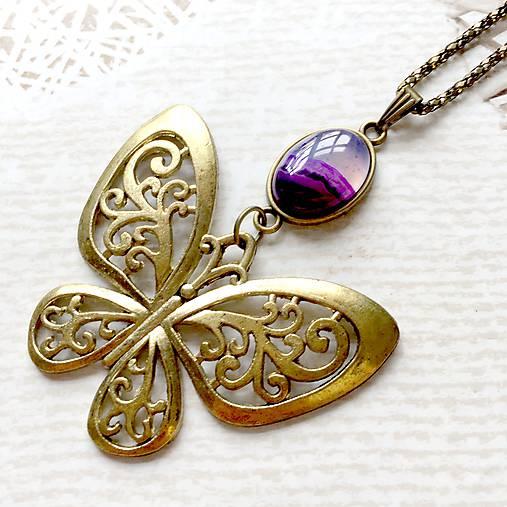 Bronze Butterfly Violet Agate Necklace / Náhrdelník s motýľom a fialovým achátom /2084