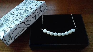 Náhrdelníky - Perlový náhrdelník - biely - 10638034_