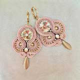 Ručne šité šujtásové náušnice / Soutache earrings - Swarovski (Alida - ružová/zlatá)