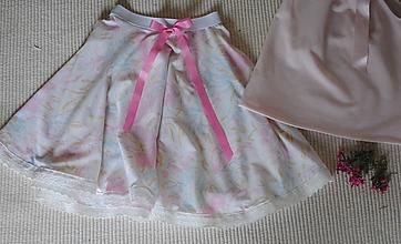 Detské oblečenie - Kvetinková kruhová suknička - 10637295_