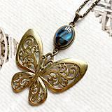 Náhrdelníky - Bronze Butterfly Labradorite Necklace / Náhrdelník s motýľom a labradoritom /2084 - 10638746_