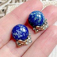 Náušnice - Golden Butterfly Lapis Lazuli Stud Earrings / Napichovacie náušnice s lazuritom a motýľmi /2085 - 10639659_