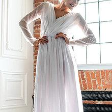 Šaty - Svadobné šaty zavinovacieho štýlu z jemného šifónu s dlhým rukávom - 10640489_