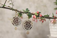 Náušnice - Čipkové kvety - 10639559_