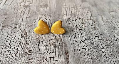 Náušnice - maľované bodkované srdiečka (žltá) - 10641105_