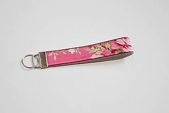 Kľúčenky - Kľúčenka ružová s ružičkmi - 10641649_
