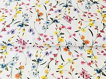 Textil - zakvitnutá lúka menšia, 100 % predzrážaná bavlna Španielsko, šírka 150 cm, cena za 0,5 m - 10642782_