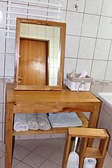 Nábytok - stolík pod umývadlo/kúpelňová zostava - masív - 10643427_
