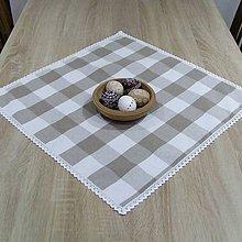 Úžitkový textil - Béžové káro so srdiečkami - obrus štvorec - 10642278_