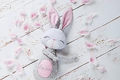 Hračky - Zajačik na kočík šedo-ružový - 10645156_