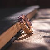 Prstene - drevený prsteň- javorový koreň LEVANDUĽA - 10645755_