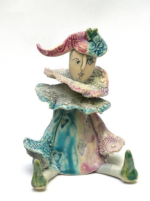 socha klaun sediaci tyrkysovo ružový