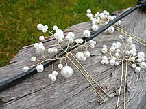 Ozdoby do vlasov - Svadobné vlásenky Bielo-zlaté perličkové 3ks - 10649854_