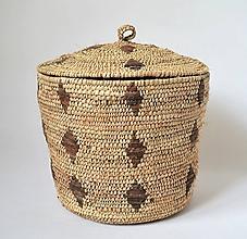 Krabičky - Rustic Pletený palmový košík zdobený kožou s vekom - 10649541_