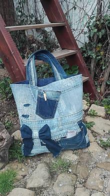 Kabelky - Rifľová taška - extravagantná s dierami :) - 10649395_