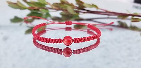 Náramky - Cerveny naramok s koralom - 10650017_