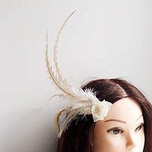 Ozdoby do vlasov - Fascinátor z peria - 10648551_