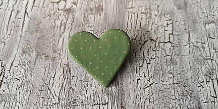 Odznaky/Brošne - bodkovaná brošňa (vintage zelená s ružovými bodkami) - 10647690_