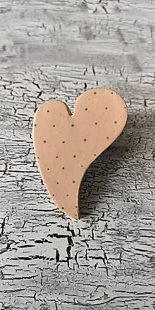 Odznaky/Brošne - bodkované šikmé srdce  (brošňa) - 10647719_