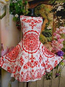 "Šaty - FLORAL FOLK "" Slovenská ornamentika "", spoločenské šaty - 10650375_"