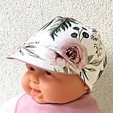 Detské čiapky - Růžová zahrada - čepička oboustranná s kšiltem - 10652203_