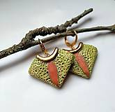 Náušnice - Keramické náušnice - Jabĺčkovo zelené so škoricou a zlatom - 10650583_