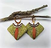 Náušnice - Keramické náušnice - Jabĺčkovo zelené so škoricou a zlatom - 10650586_