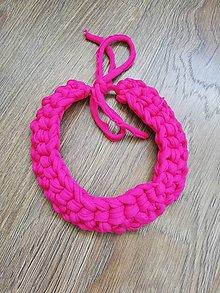 Náhrdelníky - Háčkovaný náhrdelník (Ružová) - 10650972_